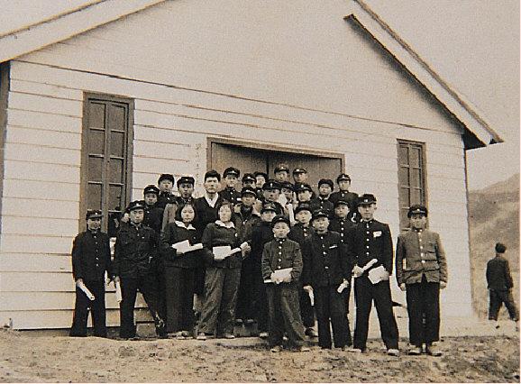배정학교 졸업식 사진