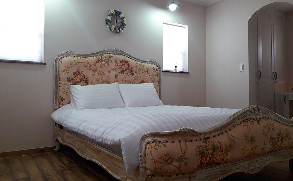 햇빛 :: 1층 침대방