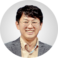 "<strong><span style=""font-size: 16px;"" align=""left"">Tae Jung Park</span></strong> 	<br>Ph.D /  C.S.O"