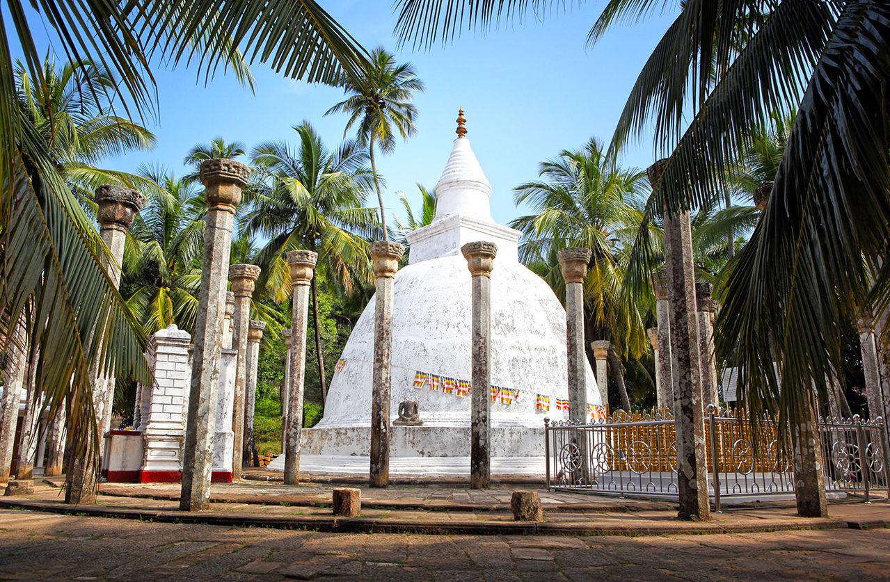 스리랑카 마힌다 스님의 암바스탈라 사리탑 - 마음여행