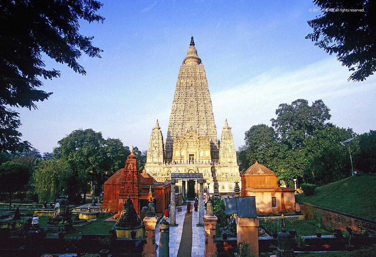 인도 보드가야대탑 - 마음여행 실크로드여행사