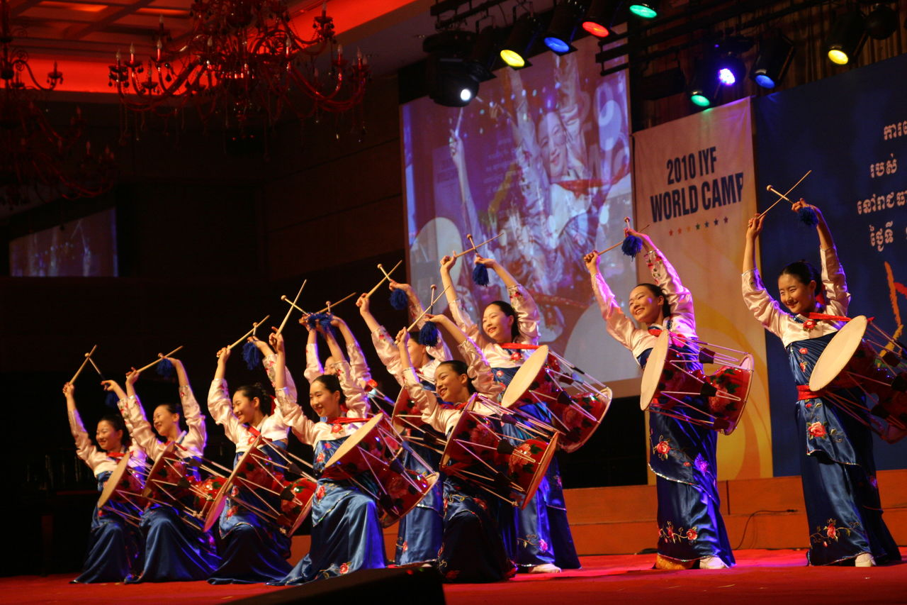 해외 문화교류 활동을 통해 전 세계 청소년들과 친구가 되다!