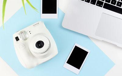 Polaroid<br>폴라로이드