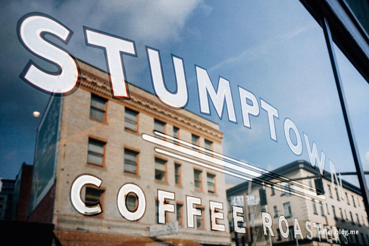 커피를 사랑한다면 커피를 사랑하는 도시에 가볼 만하다.<br>세계 곳곳 커피의 성지를 찾아나선 루꼴만의 커피 순례.<br>이런 여행은 한없이 부럽기 마련이다.