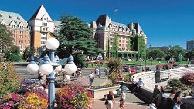University of Victoria (CANADA)