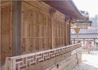 열화당 기둥 (배면.중앙)