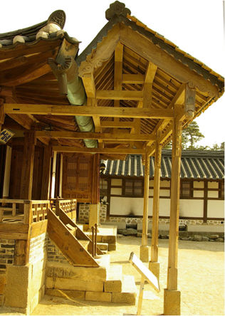 [사진4-28] 열화당 채양 (우측)