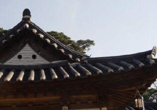 [사진6-12] 동별당 지붕박공부(우측)