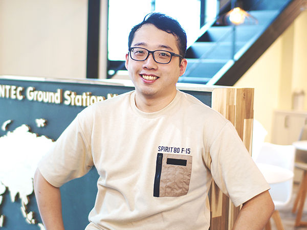 """</br></br></br></br></br></br></br></br></br><strong style=""""font-size:20px;line-height:30px;"""">Seunguk Oh</strong></br>Ground System Software Group<br/>Assistant Research Engineer</br>suoh@contec.kr"""
