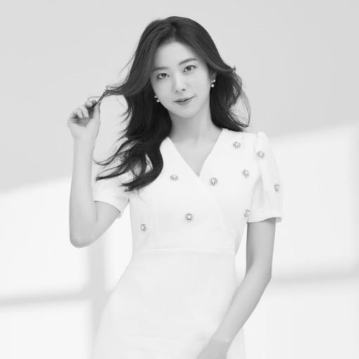 박신아<br>Park Shin Ah<br>朴晨雅