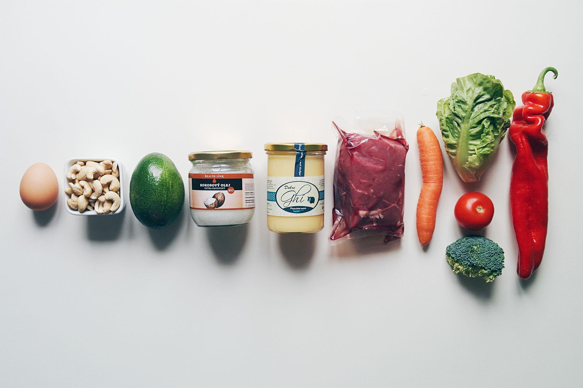 편리해진 생활만큼 늘어난 환경오염과 각종 화학물질에 노출된 삶 속에서 우리에겐 조금 더 건강한 화장품이 필요하다는 믿음 때문입니다. 피부를 통해서, 우리는 아침저녁으로 매일 화장품을 먹어야 하니까요.