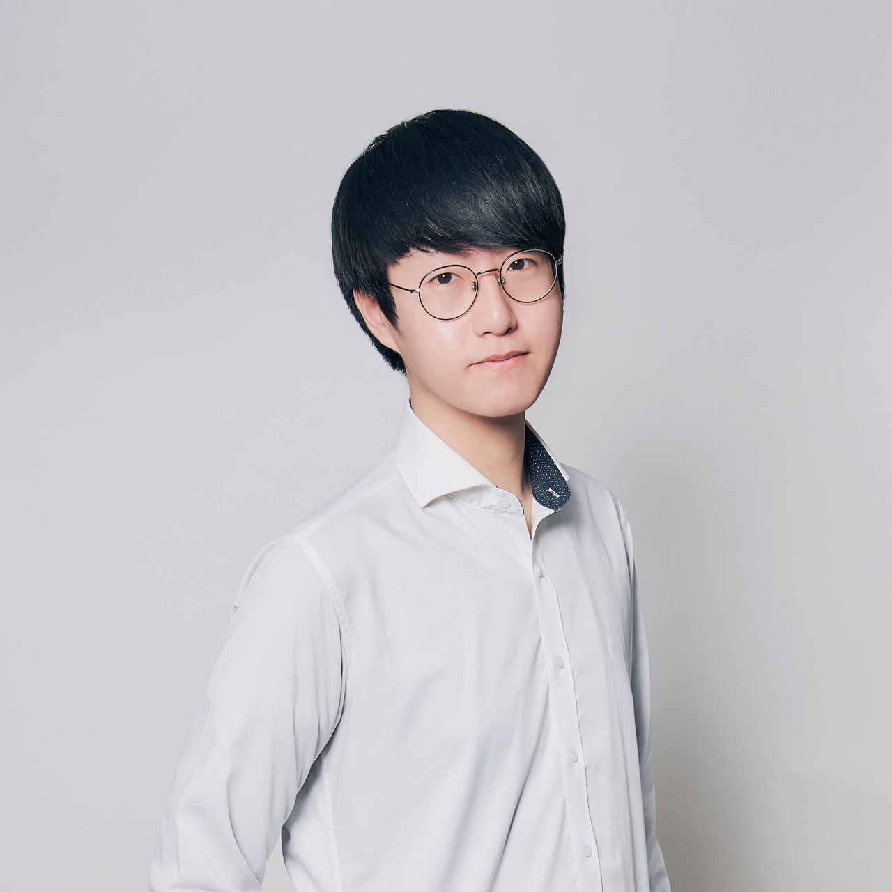 <b>Jang Seok Hyeon</b><br>Assistant Branch Director<br>