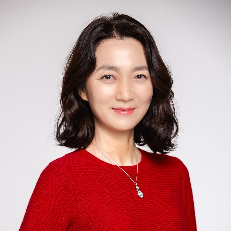 <b>김주령<br>Kim Joo Ryoung</b>