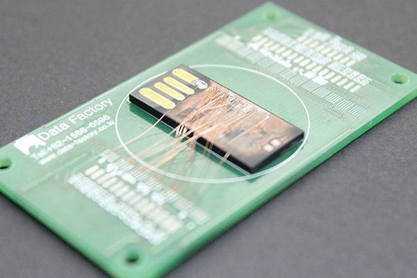 USB/SD/microSD/CF
