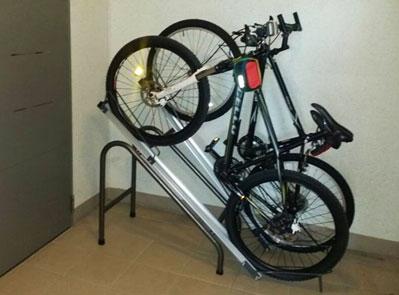 가정(실내)용 자전거 보관대
