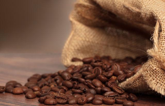 """싱글오리진 원두<br><strong style=""""font-weight:normal; font-size:13px;"""">Single orgin Coffee</strong>"""