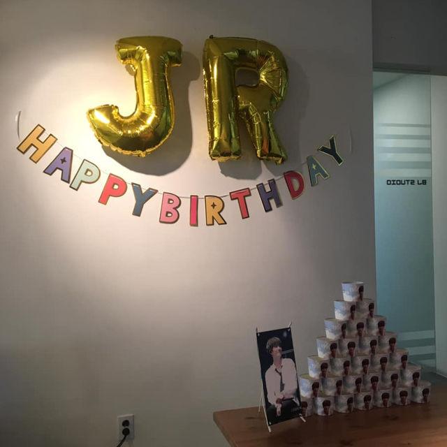 뉴이스트 JR 생일 기념 컵홀더 이벤트(2019.06.03~08)