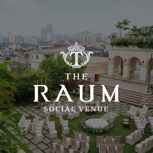 """<h6 style=""""text-align: center;""""><strong><span style=""""font-size: 16px;"""">The RAUM</span></strong> <br><span style=""""color: rgb(136, 136, 136); font-size: 14px;"""">강남구 라움아트센터</span></h6>"""