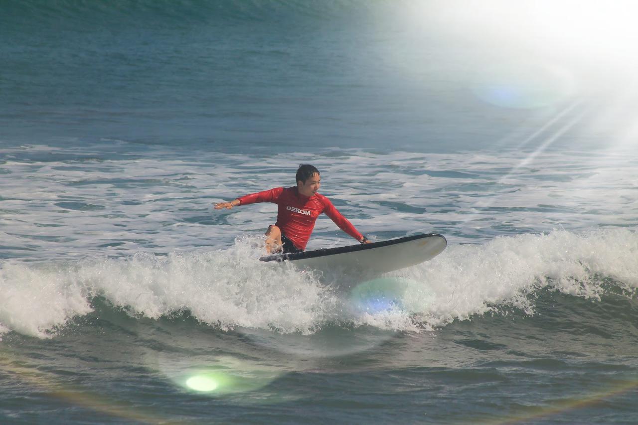 발리 꾸따비치에서의 서핑!