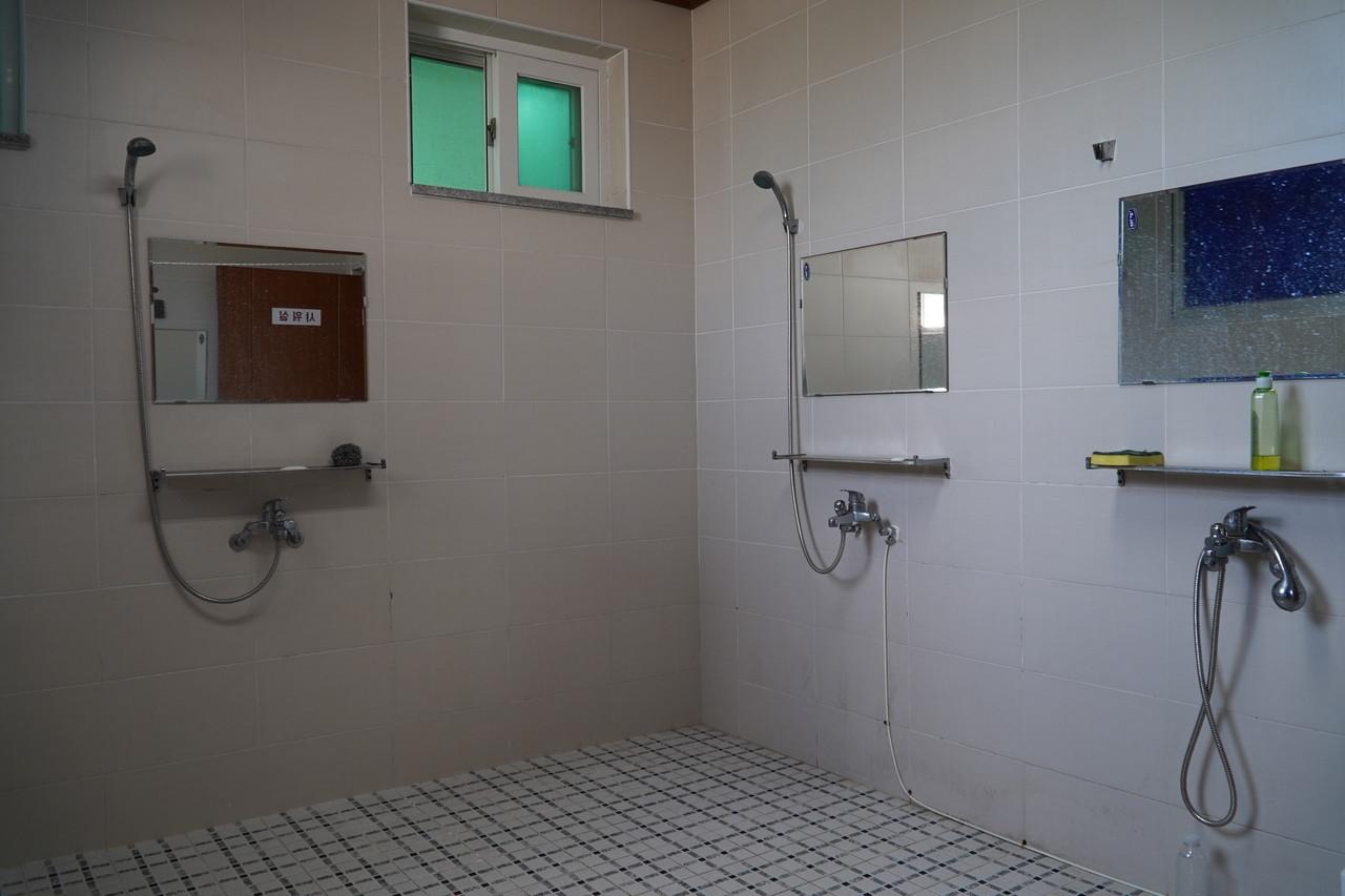 여자 샤워실