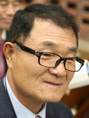 < 목사  ;  김영수 >