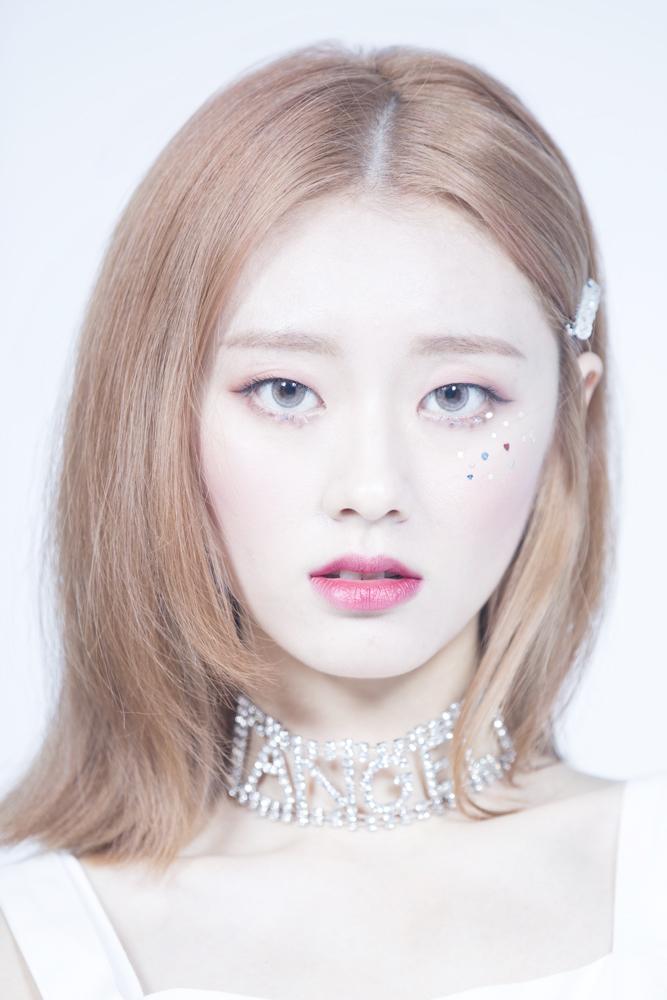 제니스 아티스트 - Z-Girls 조앤