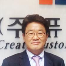 President<br>Park, Woo Saeng