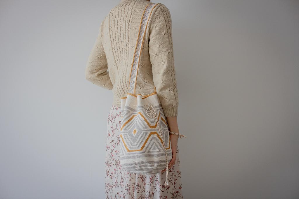 모칠라 스타일 가방(Mochila Style Bag)