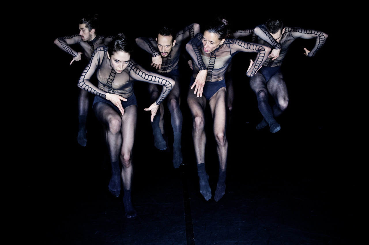 "The scene of ""The Primate Trilogy"" ⓒDresden Frankfurt Dance Company (Germany)"