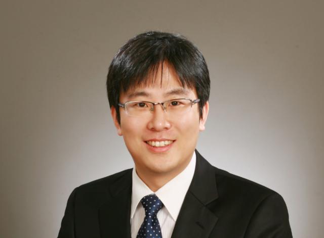 전문위원 / 김남기
