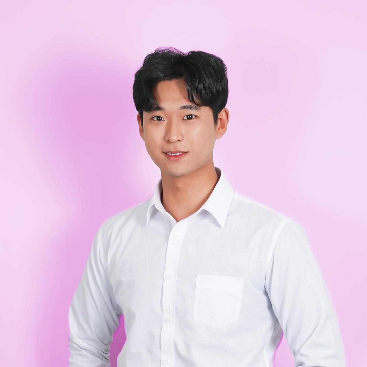 <b>Kim Dong Min</b><br>Lead Fundraiser<br>