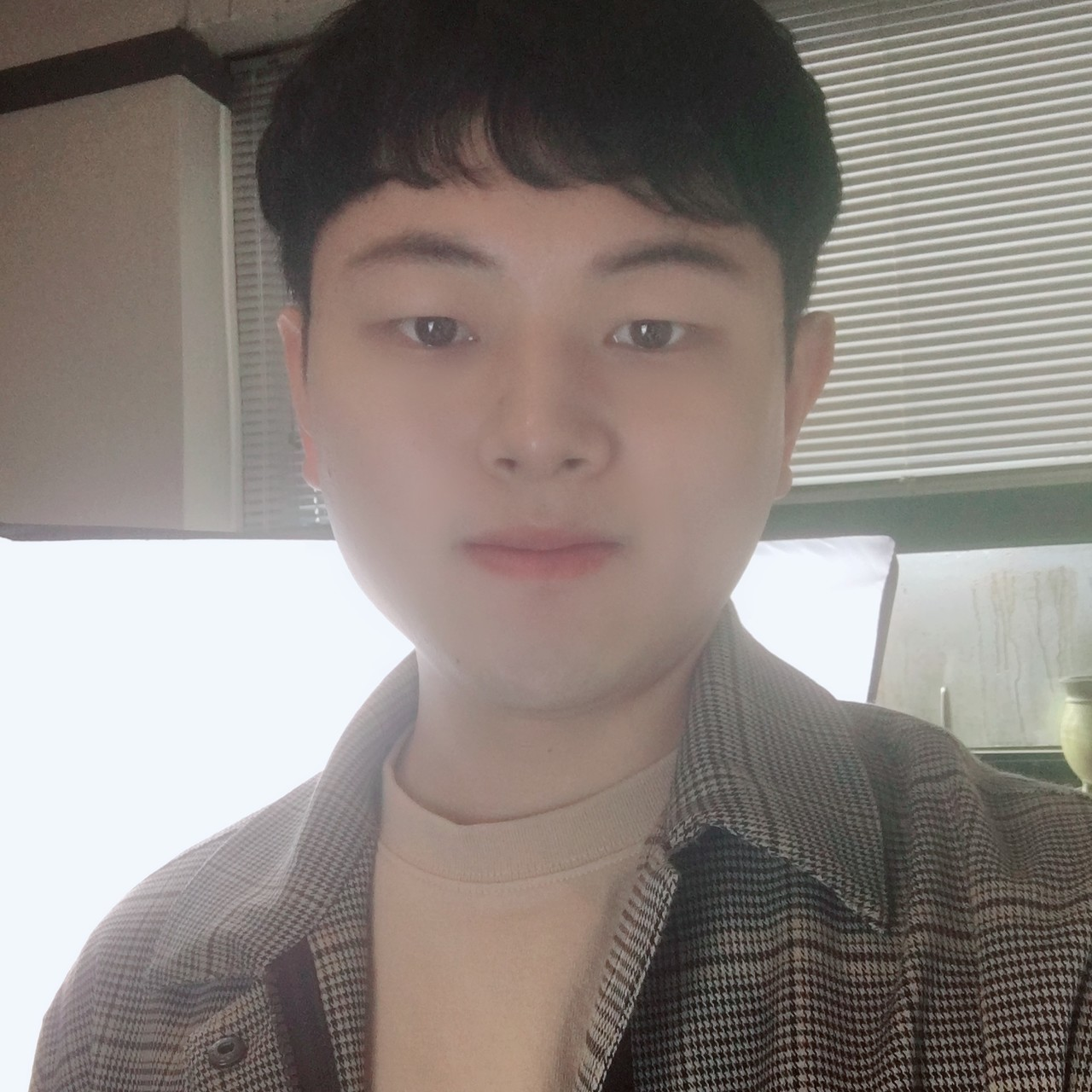 <b>Shin Ji Su</b><br>Lead Fundraiser<br>