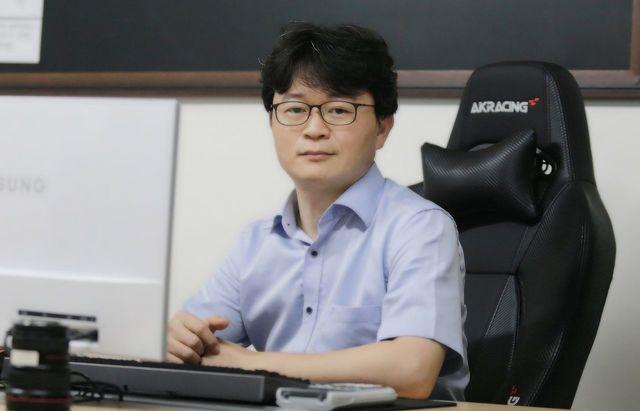 전문위원 / 진재형