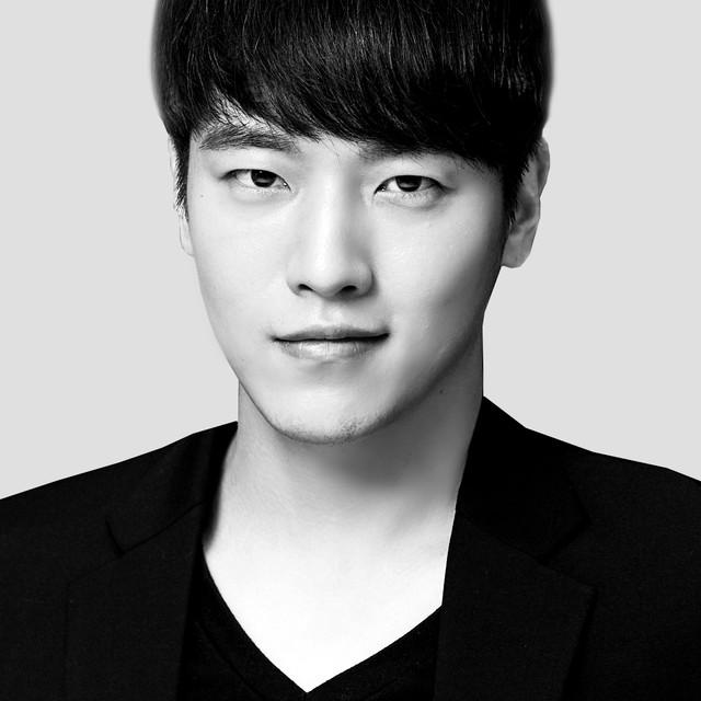 정민찬 Min Chan Jung<br> <br>177 30 260<br>