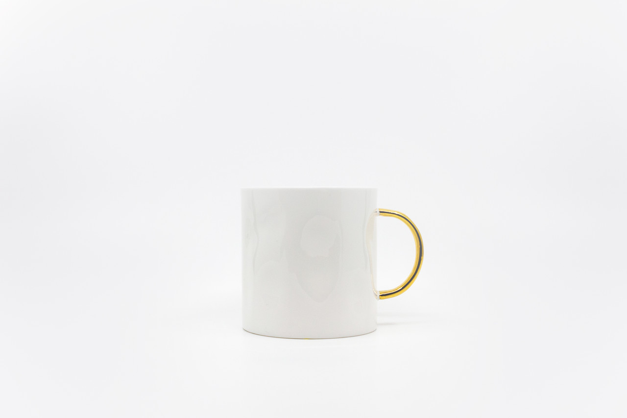 "<p style=""font-family: freight-neo-pro, sans-serif; font-weight: 400; font-style: normal; color: black;"">feldspar gold tea mug</p>"