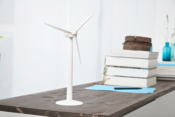 Understanding control principles of a wind turbine and education about them