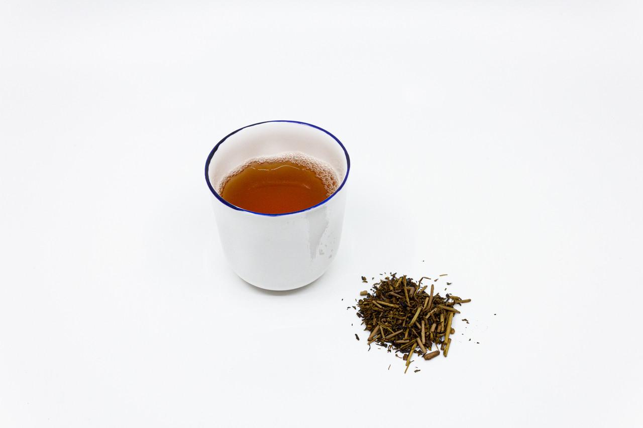 """<p style=""""font-family: freight-neo-pro, sans-serif; font-weight: 400; font-style: normal; color: black;"""">feldspar cobalt tea bowl</p>"""