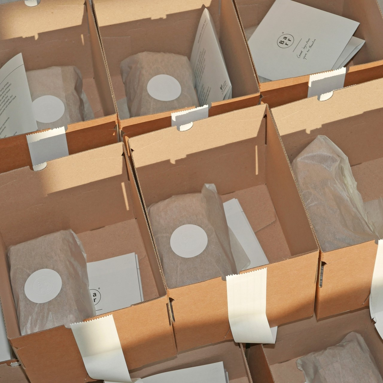 테이프 없는 박스