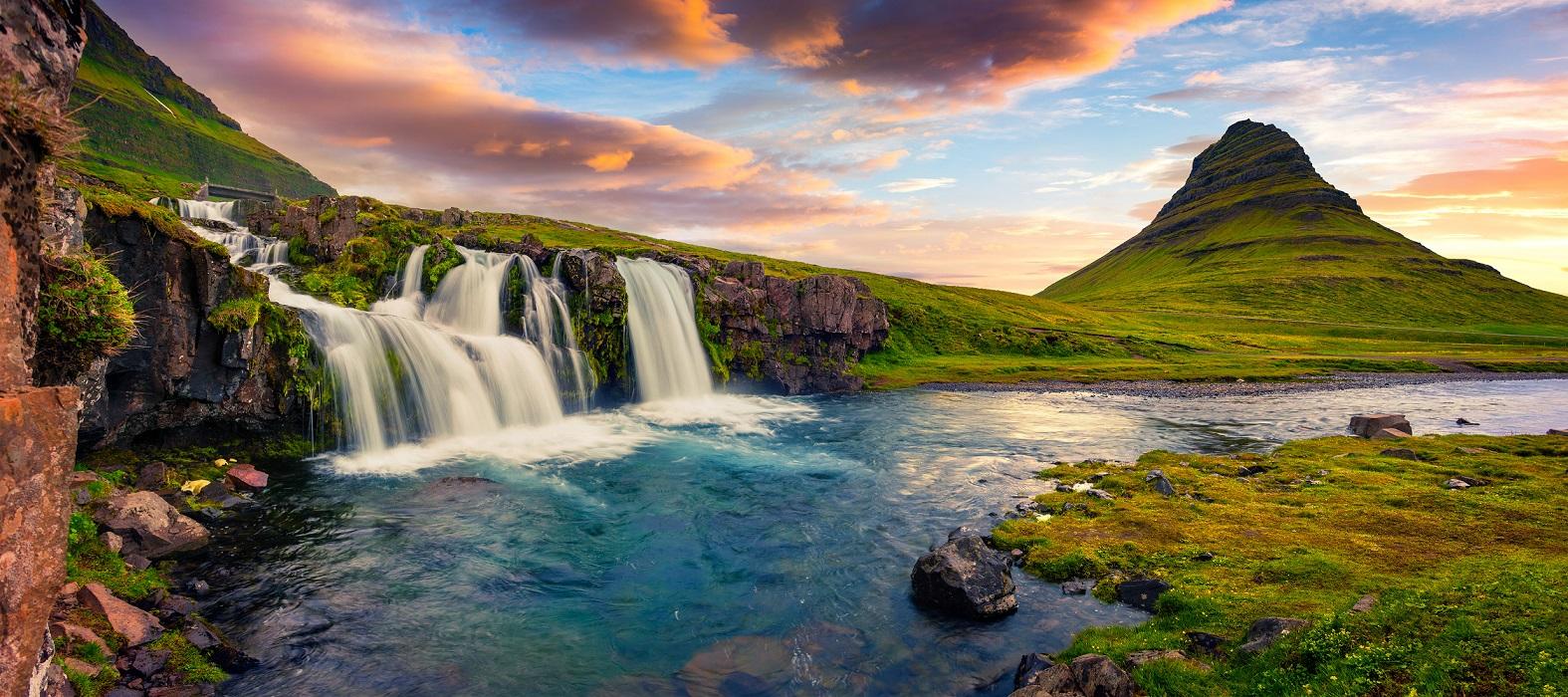 아이슬란드일주패키지12일 아이슬란드세미패키지 아이슬란드일주고품격 소규모패키지 소그룹패키지 트래블로드 아이슬란드링로드 아이슬란드하이랜드인랜드 란드마나라우가