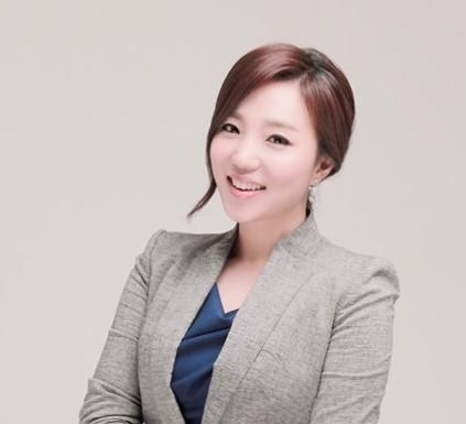 김진희(CREDECA TV NEWS 진행자)