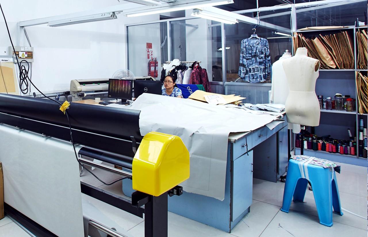 衣服の型紙作り