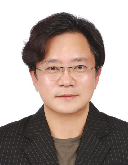센터장 김우경