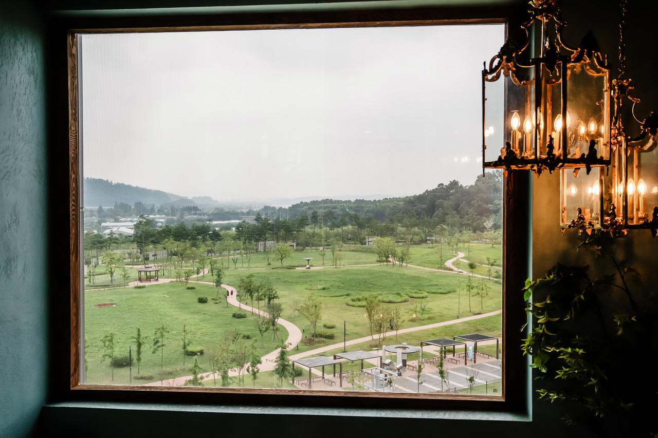 빌라드지디 수서 앞 율현공원