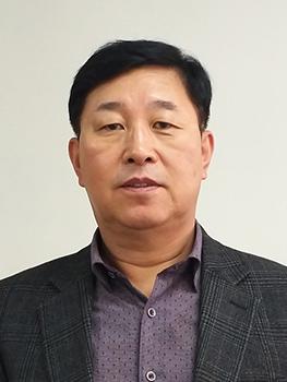 <b>김만복</b><br>신도리코디지털센터<br>대표