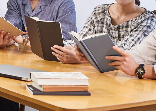 독서토론 프로그램 사진