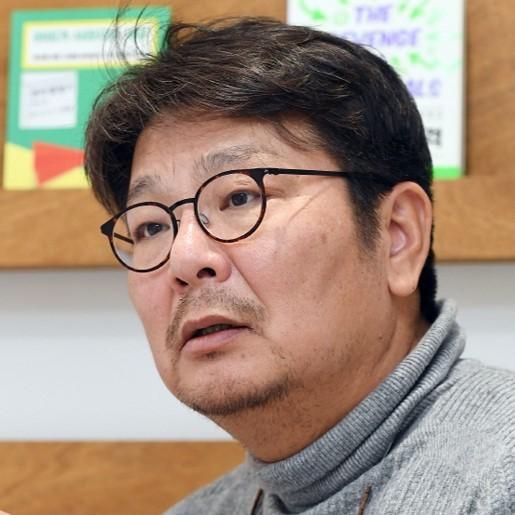 <b>이중식</b><br>혼자잘살기연구소 / 서울대학교 융합과학기술대학원 교수