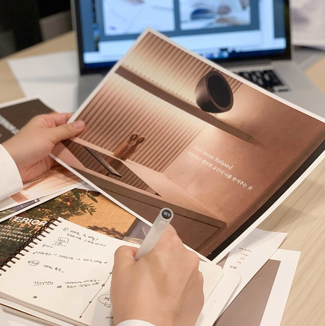 슬로우밀리의 브랜드 디자인을 리딩하는 이세실 디자이너의 인터뷰입니다.