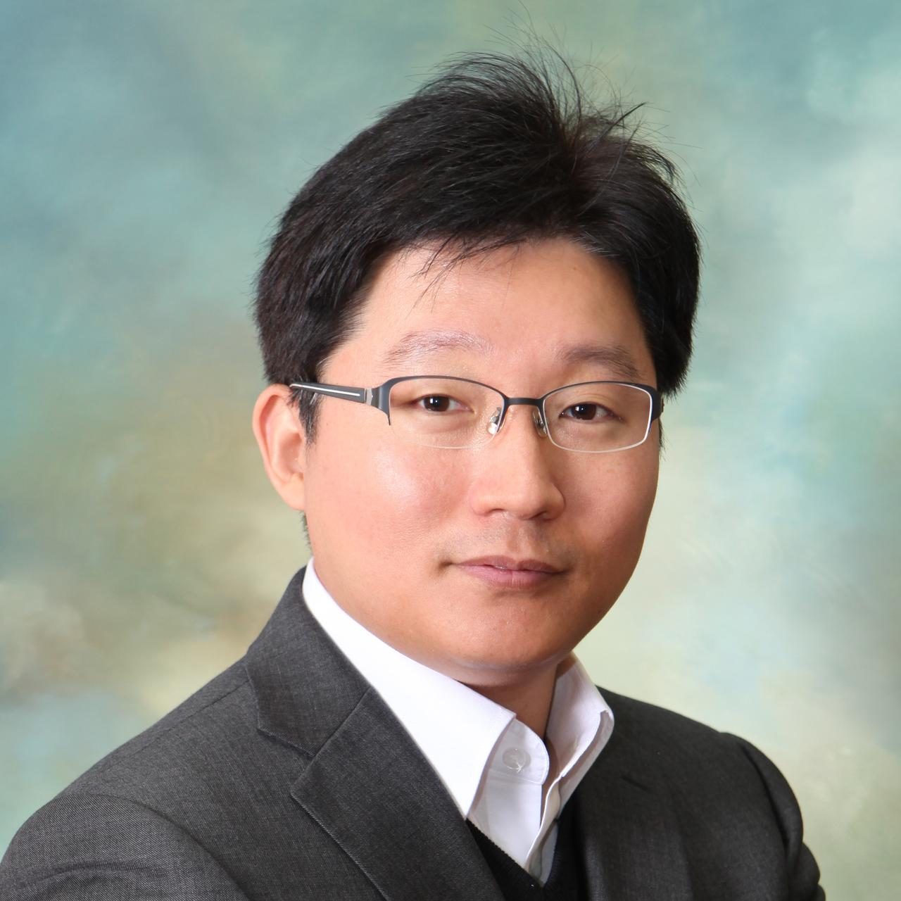 송민석 포항공과대학교 산업경영공학과 교수 (담당 강연: 인공지능 개요)