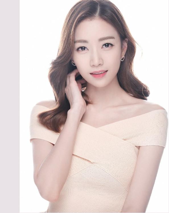 쇼호스트 & 아나운서 김윤아
