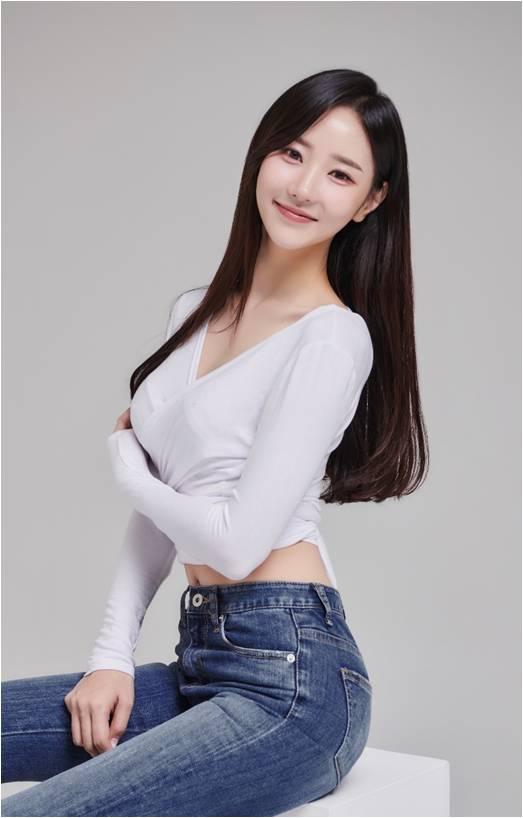 쇼호스트_모델 서현